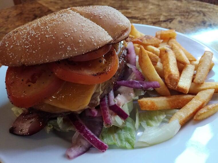 Black Angus -härkäburgeri